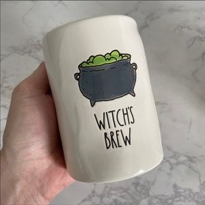 "Rae Dunn ""Witches Brew"" Midnight Apple Candle"